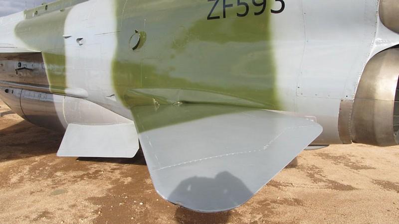 E.E-BAC Lightning F.53 4