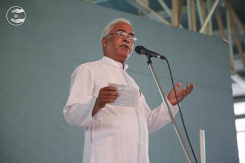 Poem by Mohinder Gulshan from Jharoda Hardev Nagar, Delhi