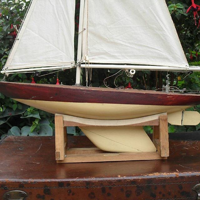 Grove Pond Yachts maker of fine free sailing pond yachts w