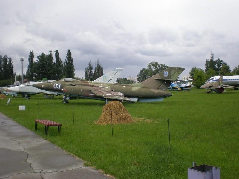 Yak-28U 1