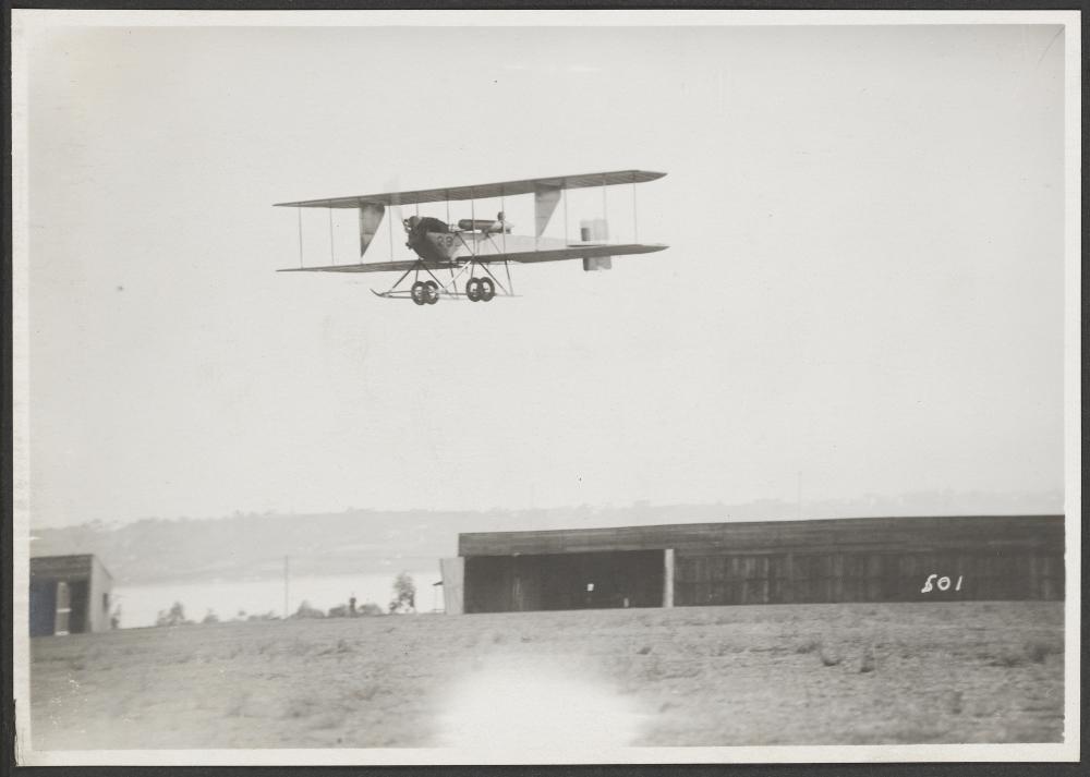 [Burgess H in Flight]