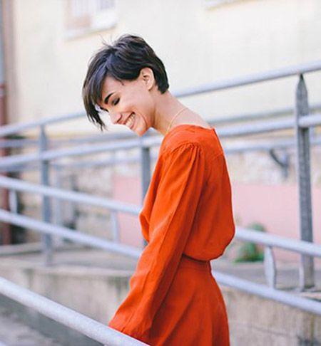 Short Hair Women Style 2017/2018 : Cute Short Hairstyle Id ...