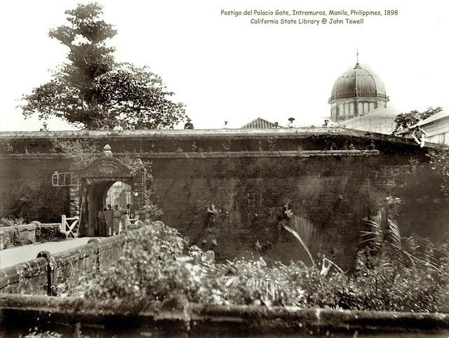 Postigo del Palacio Gate, Intramuros, Manila, Philippines, 1898