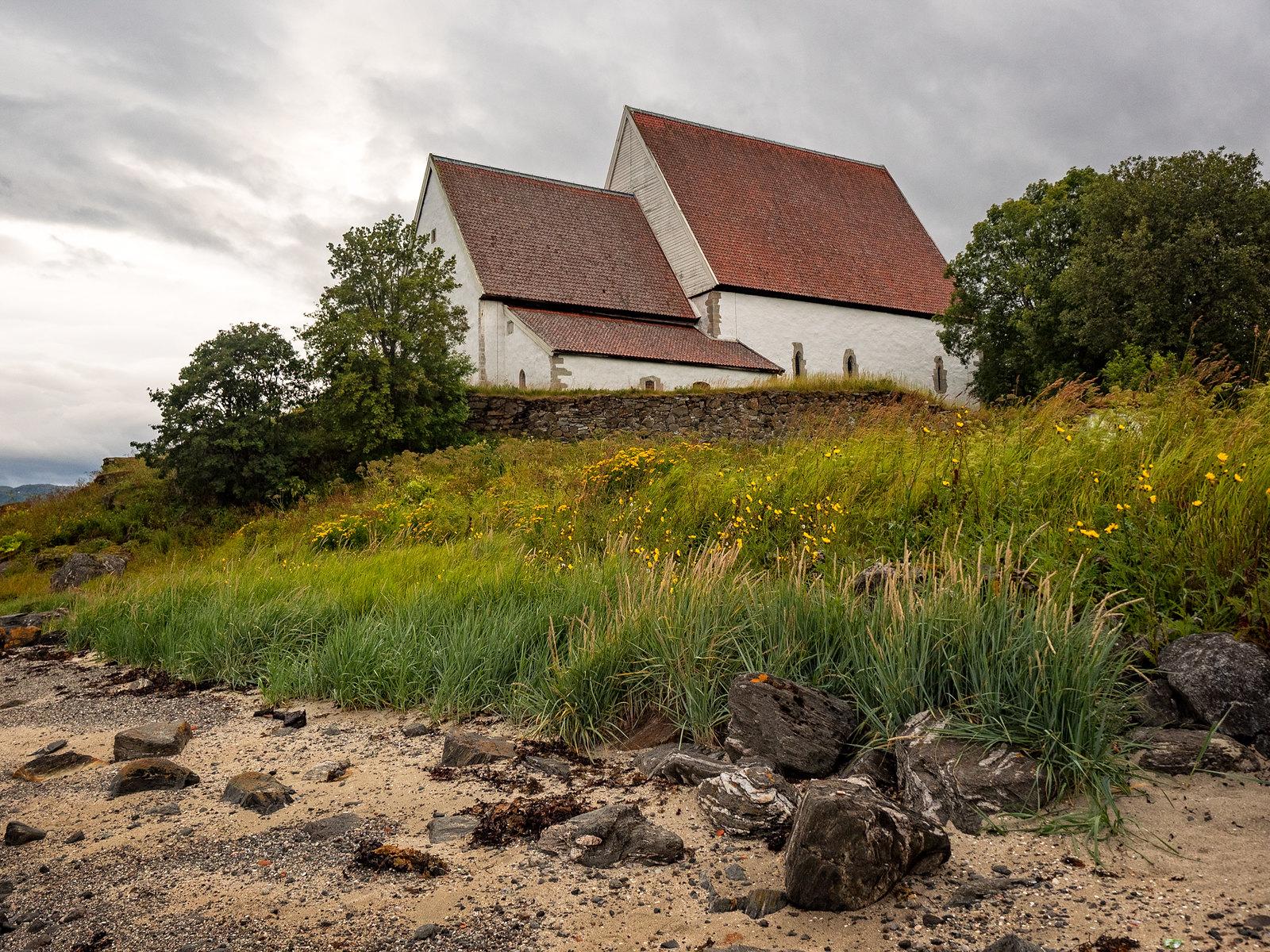 Trondenes kirke