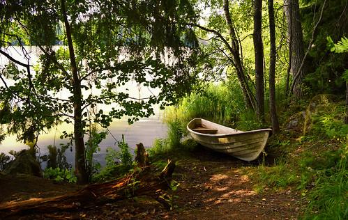 lake landscape finland summer boat tuusula tuusulanjärvi nikond3200 nature water naturephotography placetorelax cozyplace niceplace scenery suomi luonto maisema järvi järvimaisema kesä lovelyplace beach larissadatsha relax europe romantic