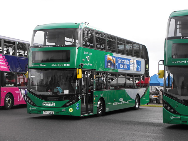 409, YP17 UFN - Scania-Alexander-Dennis Enviro 400 MMC City