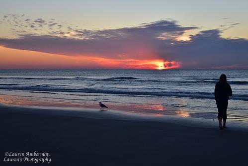 laurensphotography lauren3838photography diamondbeach nj jerseyshore newjersey nikon d750 sunrise beach ocean atlanticocean waves waterscape water sky clouds silhouette nature