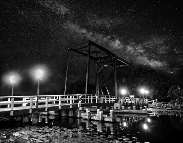 Milky Bridge B/W