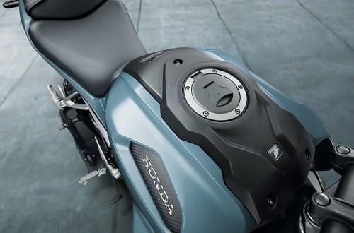 Honda-CB150R-EXMOTION-Tank