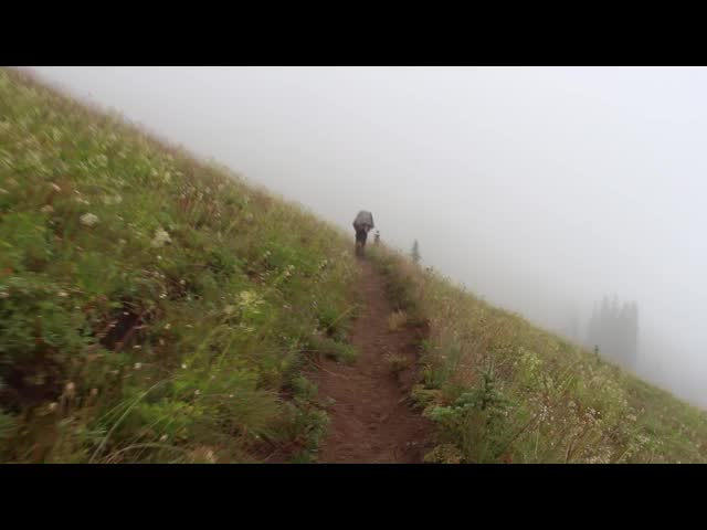 2796 Video of hiking in the mist and clouds on the Miners Ridge Trail