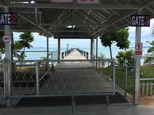 ロンプラヤ ピア サムイ島