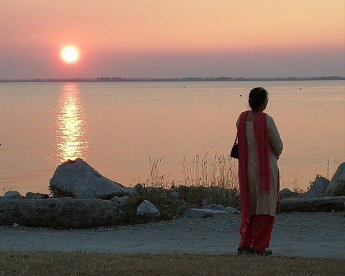 sunsettramonto evening people canada bc crescentbeach woman contemplation