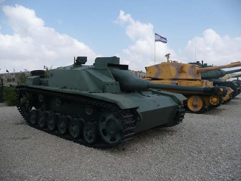 歼击142-1的突击炮三辆G1
