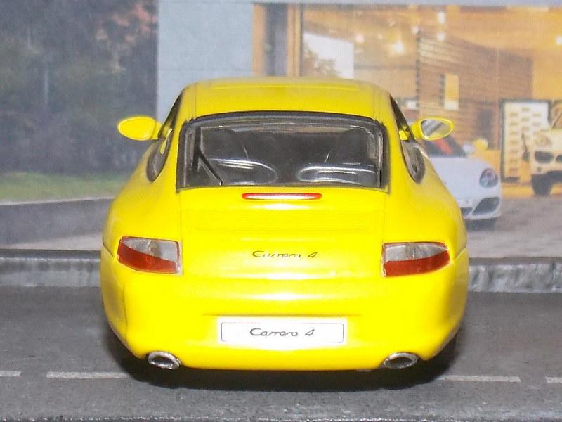 Porsche 911 Carrera 4 – 2001