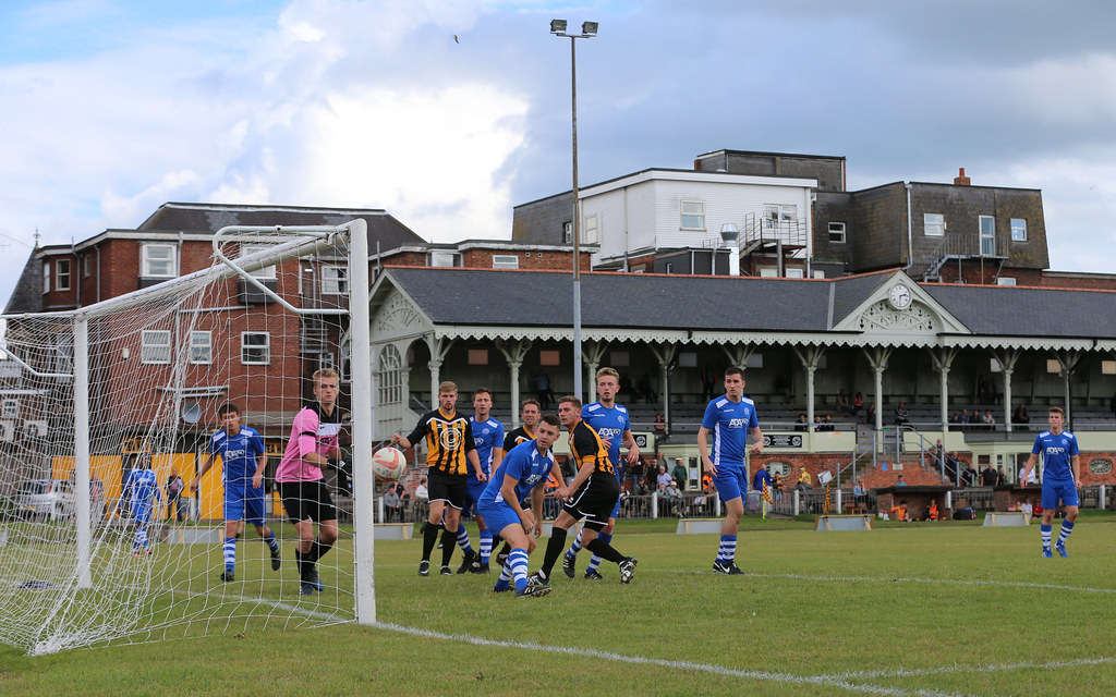 Great Yarmouth Town v Broxbourne Borough