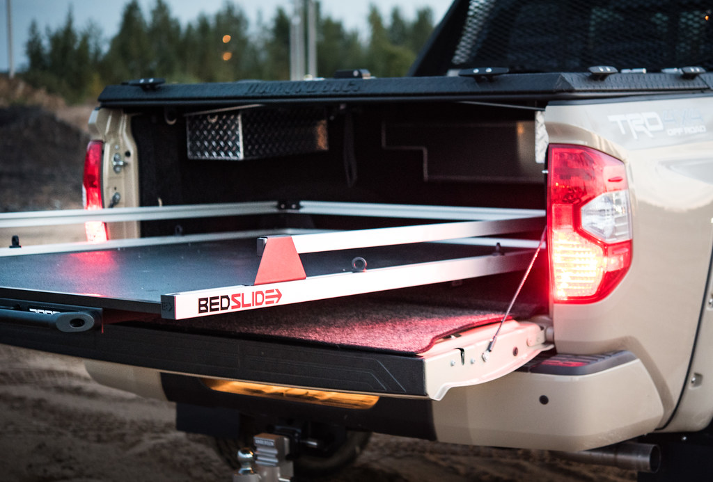 Toyota Tundra Bed Cover >> A Heavy Duty Truck Bed Cover On A Toyota Tundra A Diamondb