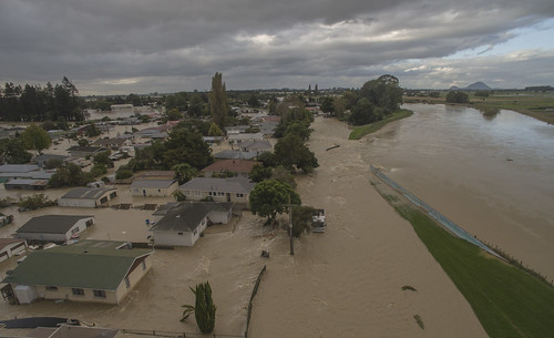 flood floodwater floodwaters stopbank edgecumbe drone phantom3pro