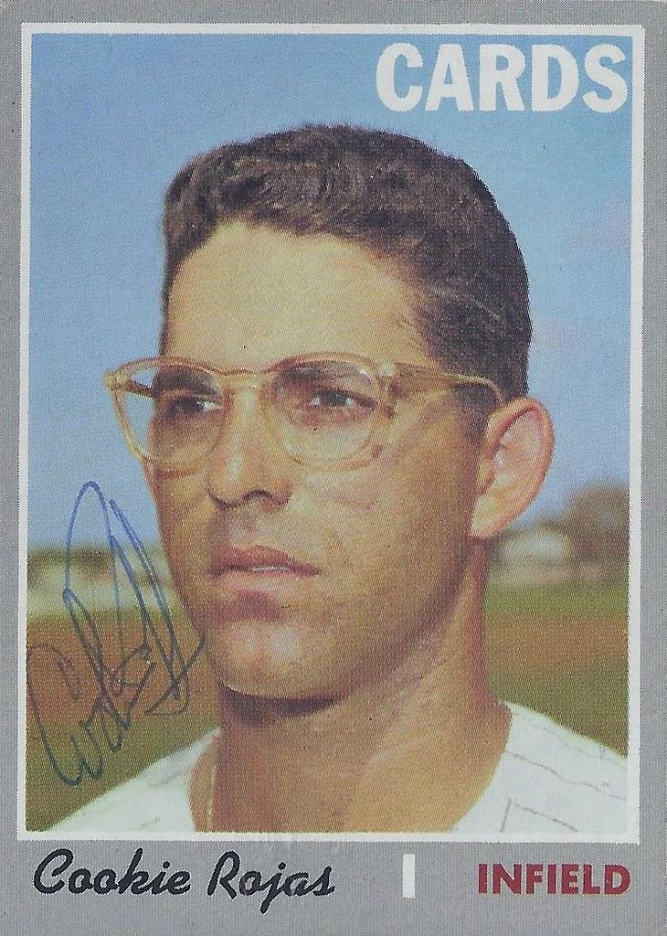 1970 Topps Cookie Rojas 569 Infielder Autographed B