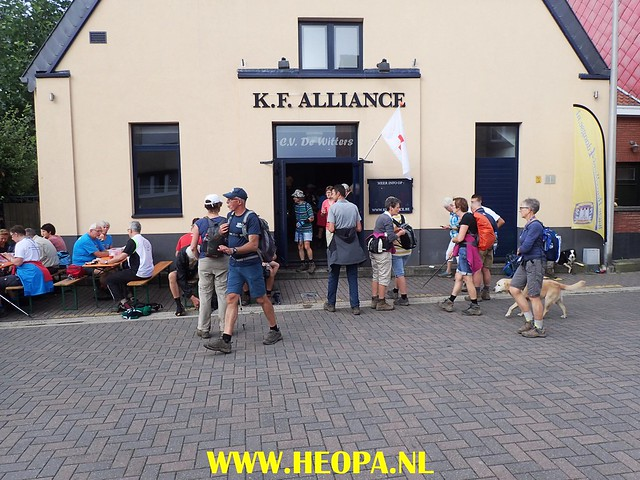 2017-08-13  4e dag    Berg & Terblijt  28 Km  (94)