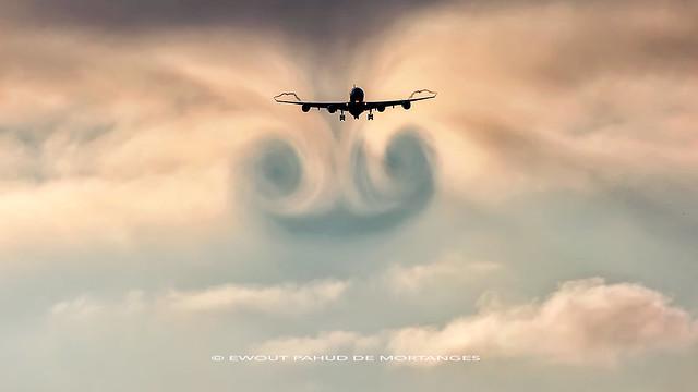 Etihad Airways Airbus A340-600 A6-EHL