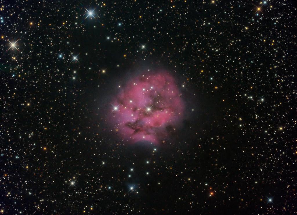 APOD: 2018 September 19 - Cocoon Nebula Deep Field