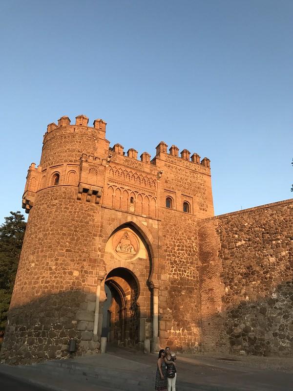 Puerta del Sol en Toledo la atardecer