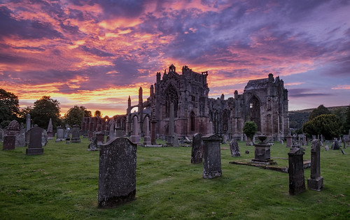 fujixt1 1024mm melrose abbey sunset