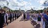 Aufmarsch vor der Tribüne mit den Ehrengästen