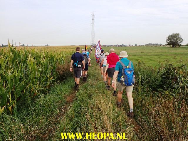 2017-08-25                  Ieper 4e dag        34 km  (38)