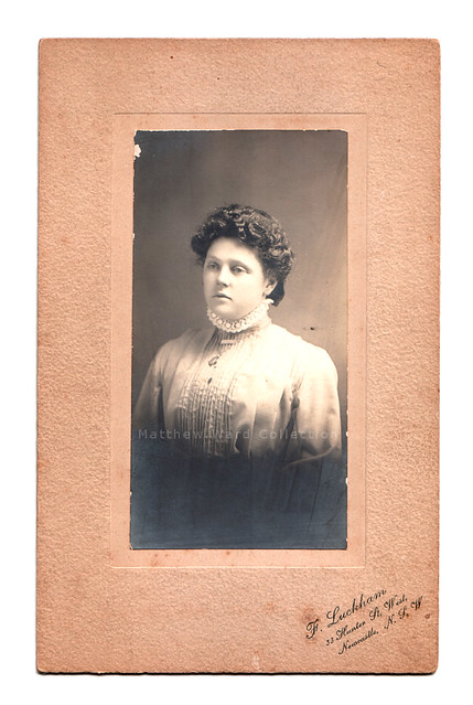 Cabinet Card : Woman