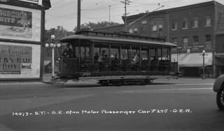 Ottawa Electric Railway Co. open motor passenger car No. 255, Ontario / La voiture sans habitacle fermé no 255 de la Ottawa Electric Railway Company (Ontario)