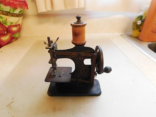 Toy sewing machine | by thornhill3