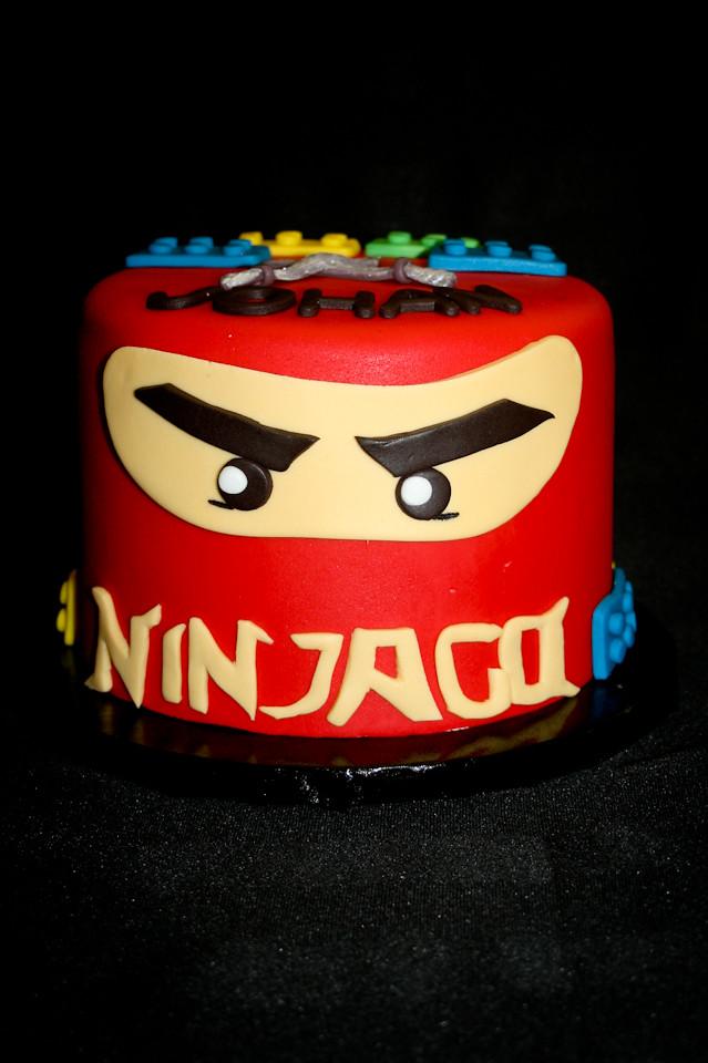 Amazing Ninjago Birthday Cake Aliciascupcakesandcakesninjagobirt Flickr Funny Birthday Cards Online Inifofree Goldxyz