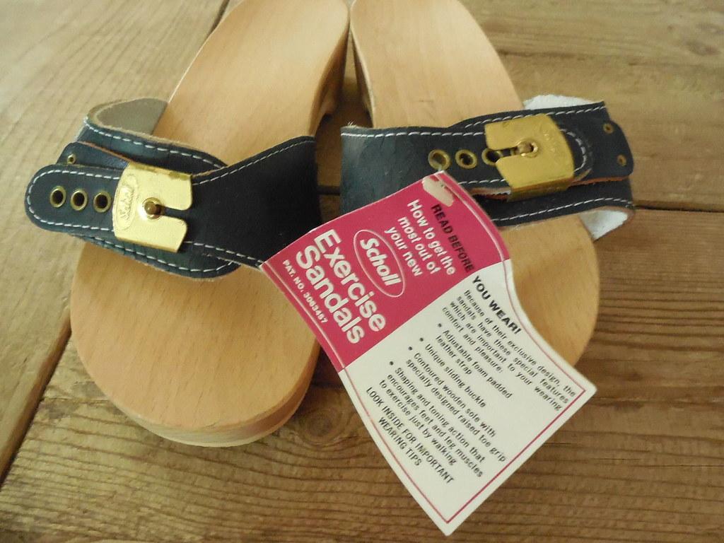 c2bed8b2c305 new-vintage-dr-scholls-original-exercise-sandal-wooden-blu…