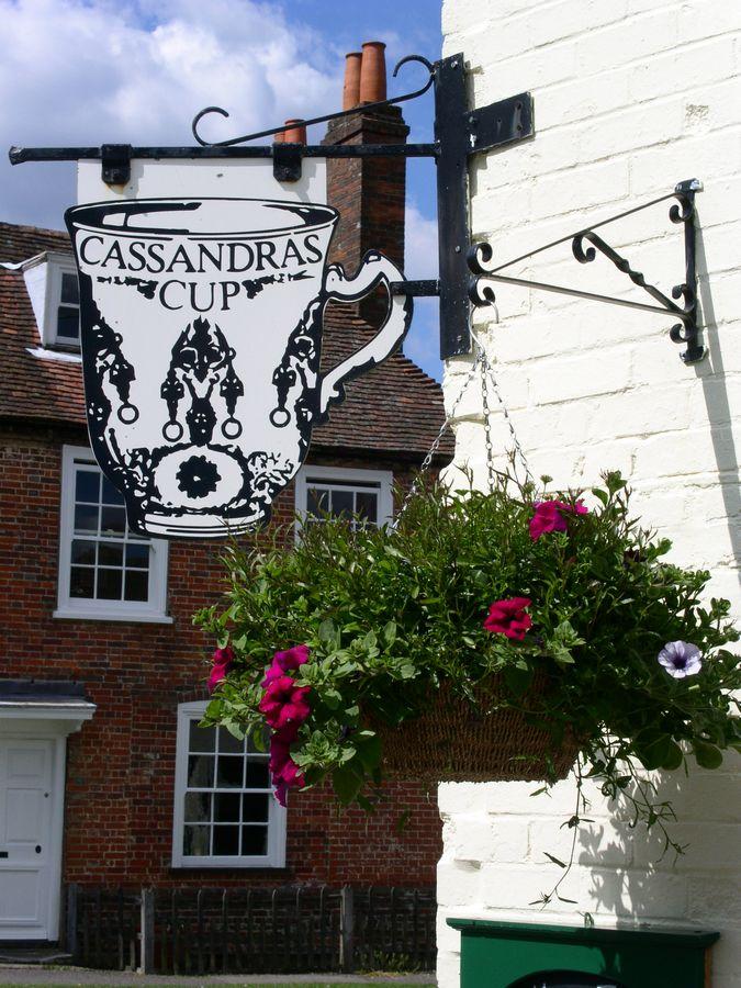 Cassandras Cup tearoom