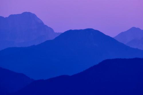sony sonynex7 landscape landschaft carinthia kärnten karnischealpen sunset sonnenuntergang blue mountain mountainside sky