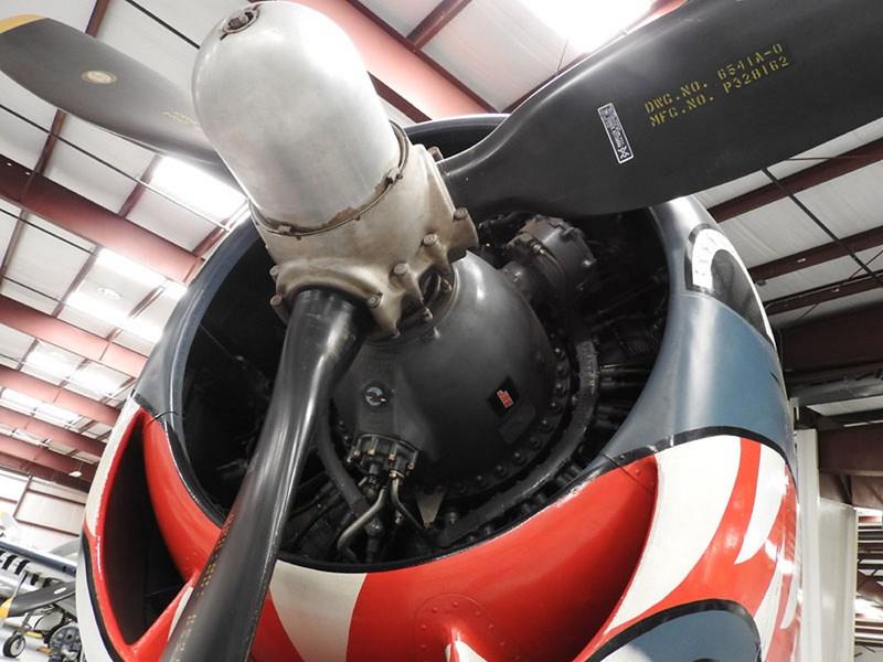 Grumman F6F-5 Hellcat 6