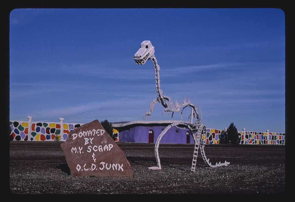 Dino skeleton view 1, Flintstone's Bedrock City, Rts. 64 and 180, Valle, Arizona (LOC)