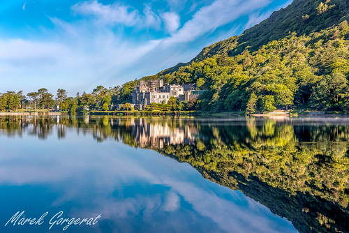 chateau reflets