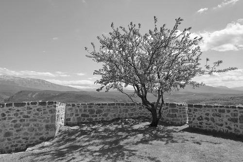 blackwhite wall stone outdoor landscape clouds nopeople knin croatia nikon nikond750 nikkor283003556 gazzda hrvojesimich