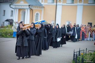 Литургия в Хутынском монастыре 410