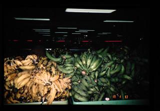 Plantain, Banana For Cousune = プランティン、料理用のバナナ