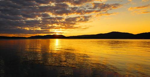 tamron16300mm centraladirondacks adirondacks hamiltoncounty inletnewyork inletny sunset sunsetbeach panorama landscape clouds