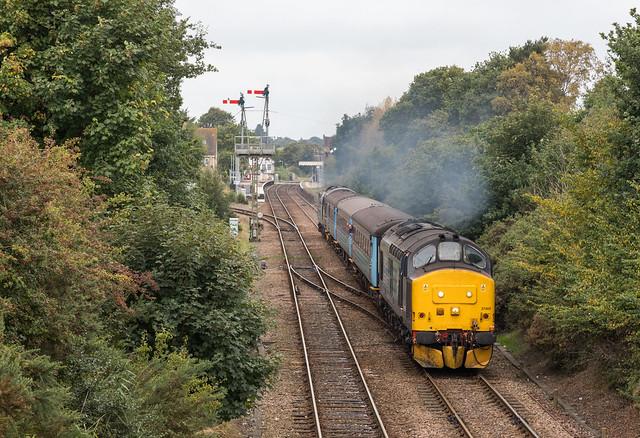 37405 / 37716 - Oulton Broad North - 2J80