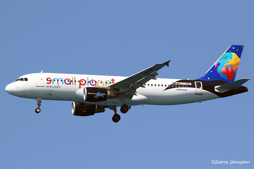 LY-ONL Small Planet Airlines Airbus A320-214 | by Planes , ships and trains!