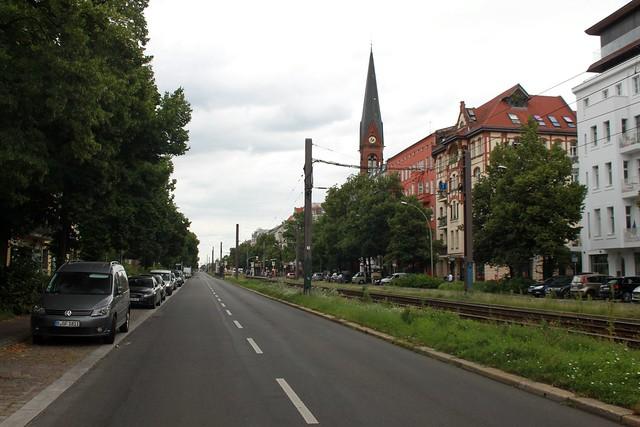 Prenzlauer Allee mit Immanuelkirche
