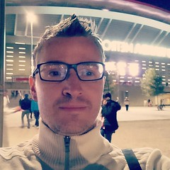 The problem with selfies is that it's very hard to get the intended background in. Here's the outside of Wanda Metropolitano at night. Whatever if it you can actually see behind my noggin. #wandametropolitano #atleticomadrid #atleti