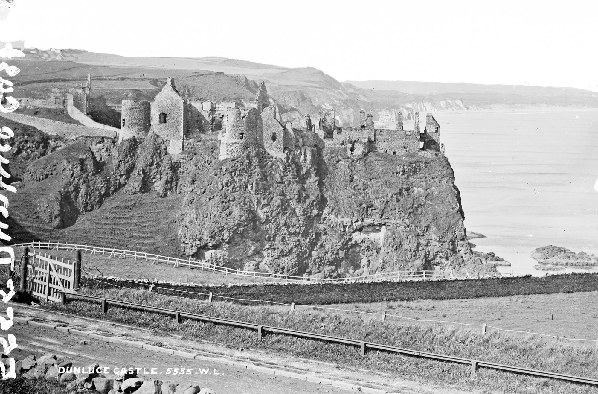 Dunluce Castle, Giant's Causeway, Co. Antrim