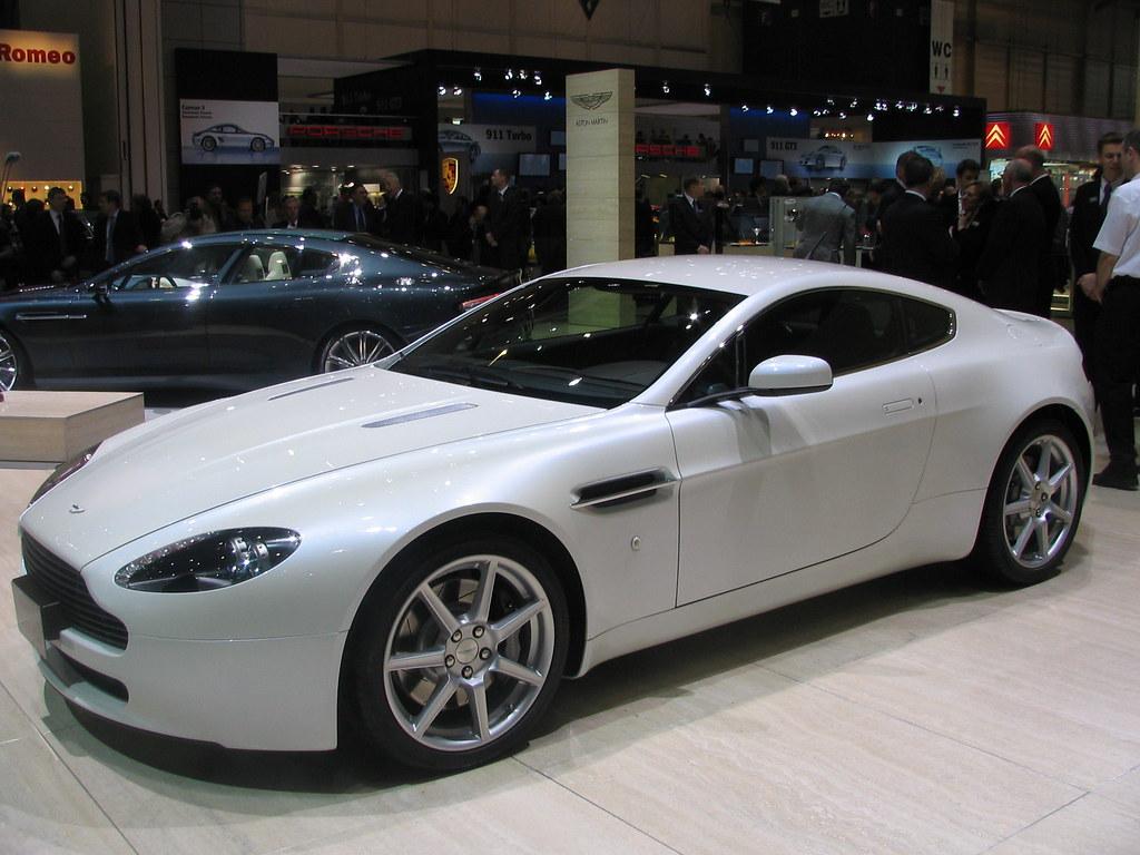 Aston Martin V8 Vantage In White Editor Autoblog Nl Flickr
