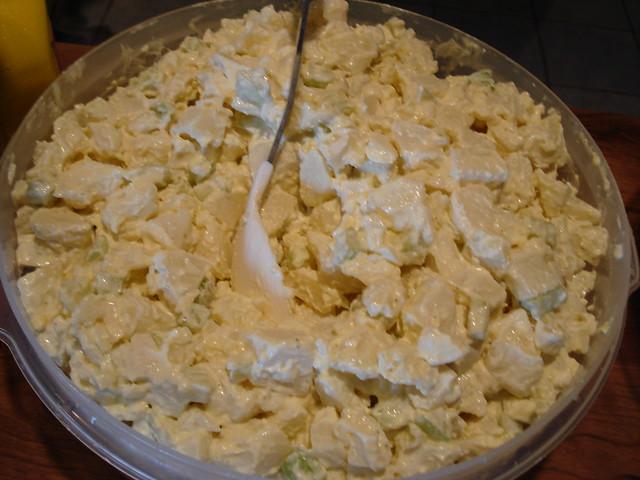 Auntie Eileen's potato salad